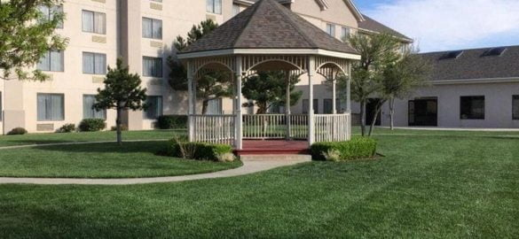 Gazebo at Ashmore Inn & suites